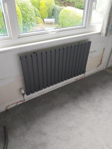 Designer Radiator - Flat Panel Horizontal Anthracite